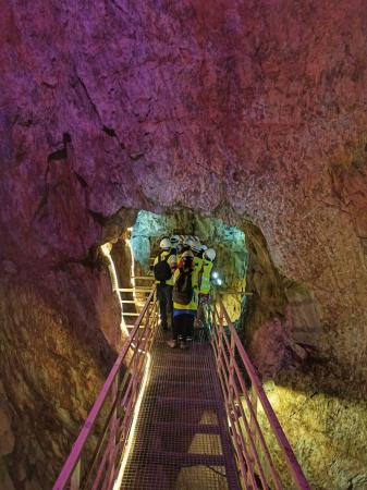 """Visita às galerias mineiras com geocaminhada e lanche """"surpresa"""""""