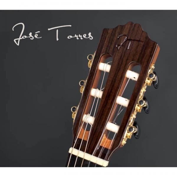 Oferta de saco no valor de €60 na compra de guitarras José Torres selecionadas! :)