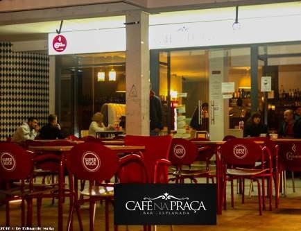 CAFÉ NA PRAÇA 16