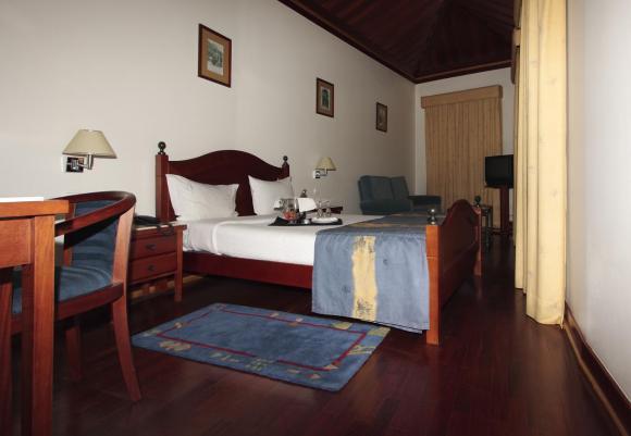 Jose Estevao Hotel **